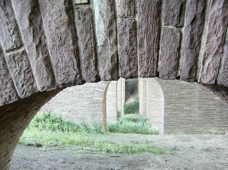 Autobahnviadukt Luhden